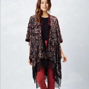 Love Stitch Leila Kimono